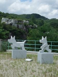 稲田石シリーズ「Dog(犬)」の展示風景16